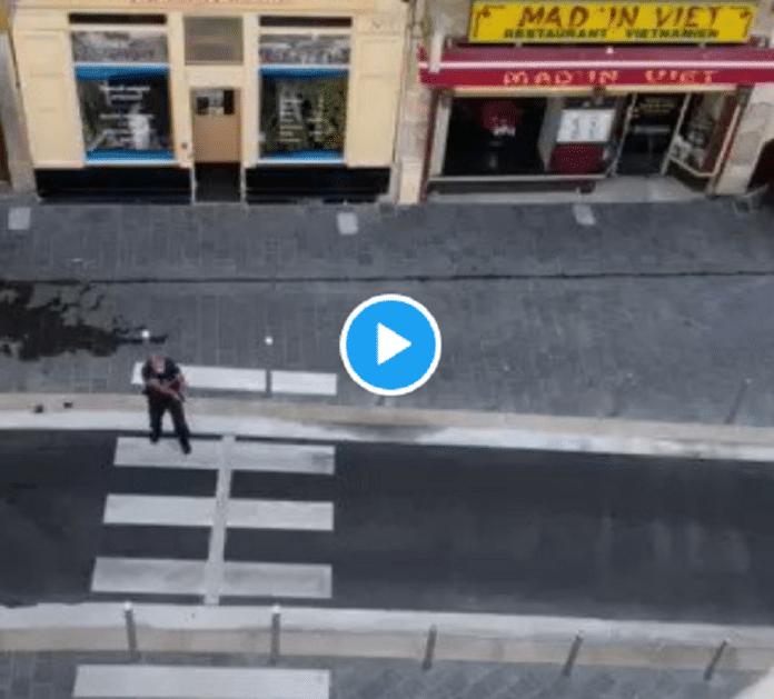 Nice : Une femme armée d'un Beretta met en joue des policiers et tire plusieurs fois