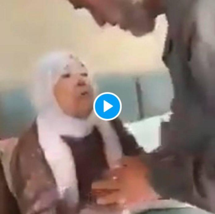 Palestine Cheikh Raed Salah fait ses adieux à sa mère avant d'entrer en prison - VIDEO