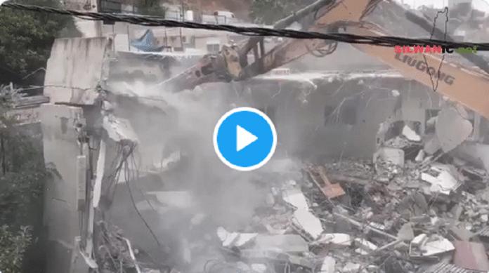 Palestine : Israël détruit la maison de trois frères et de leurs familles qui se retrouvent à la rue