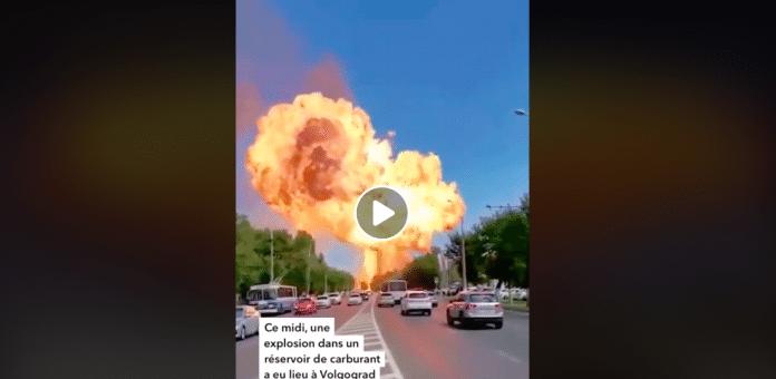 Russie énorme explosion d'un réservoir de carburant à Volgograd - VIDEO