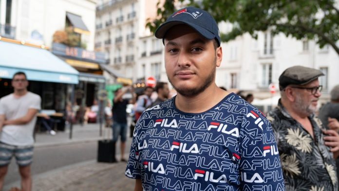 Taha Bouhafs traite Eric Zemmour de « sous-humain », « sur-merde » et lui pi**e dessus