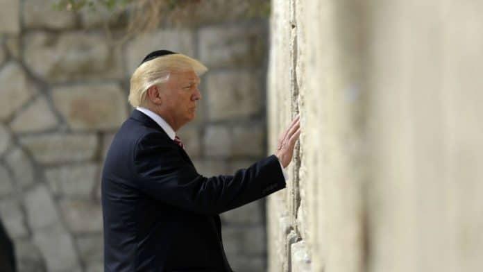 « Si vous aimez votre pays Israël, votez pour moi» - le message de Trump aux juifs américains