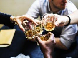 Abu Dhabi encourage l'achat et la consommation d'alcool en assouplissant ses règles