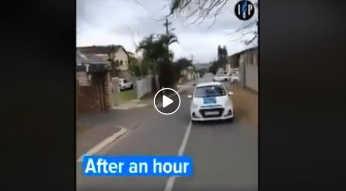Afrique du Sud les non-musulmans font résonner l'adhan dans les rues pour apporter leur soutien aux musulmans - VIDEO