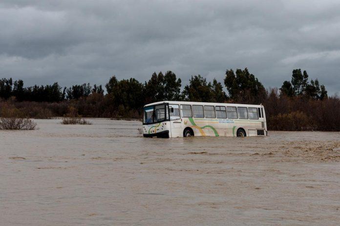 Algérie - de fortes pluies provoquent des inondations et paralysent le trafic