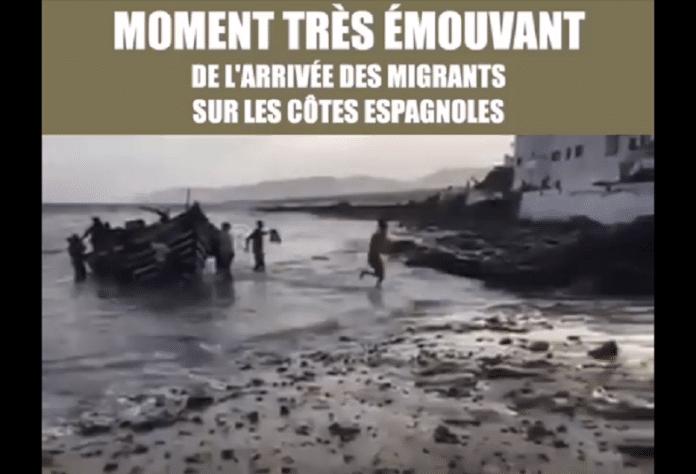 Espagne : Des migrants et leurs enfants arrivent sur les côtes et remercient Allah - VIDEO