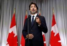 Justin Trudeau apporte son soutien aux musulmans après l'assassinat d'un fidèle devant une mosquée