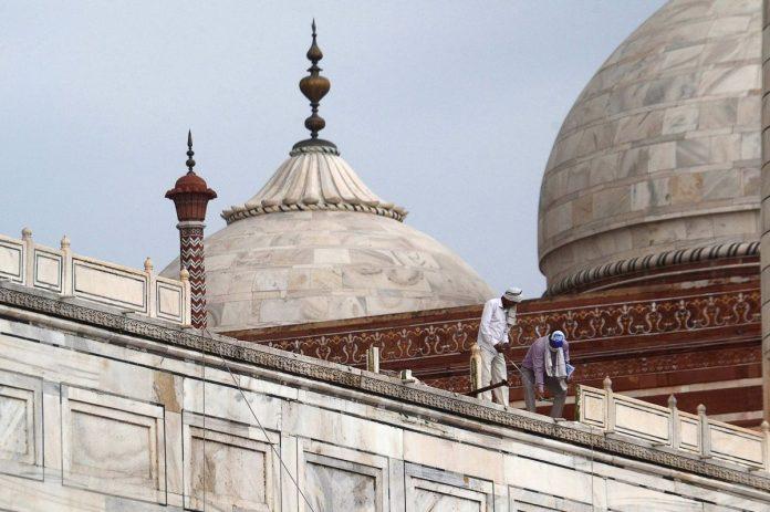 Le Taj Mahal rouvrira après 6 mois de fermeture alors que les cas de COVID-19 en Inde montent en flèche