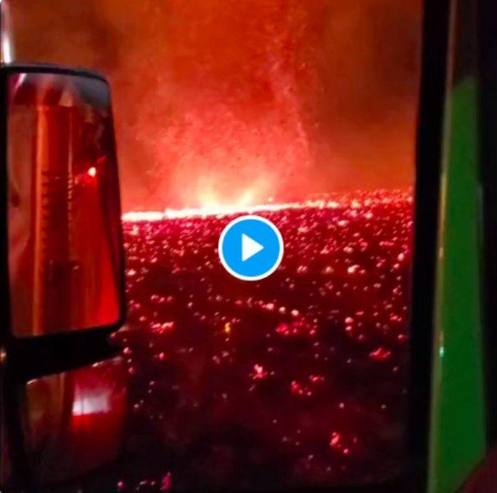 Une impressionnante tornade de feu encercle la Californie - VIDEO