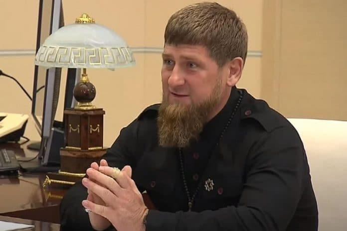 Le dirigeant tchétchène Ramzan Kadyrov appelle la France