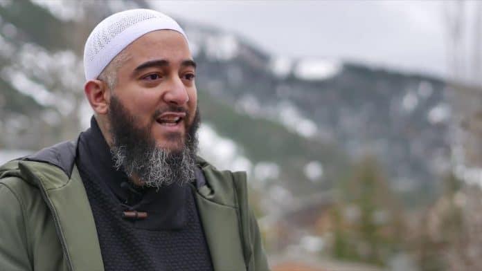 Nader Abou Anas atteint du coronavirus est admis en urgence à l'hôpital