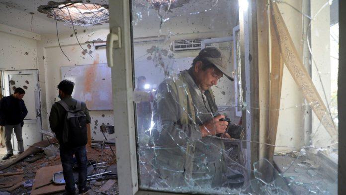 Afghanistan : au moins 22 morts dans une attaque à l'université de Kaboul revendiquée par Daech