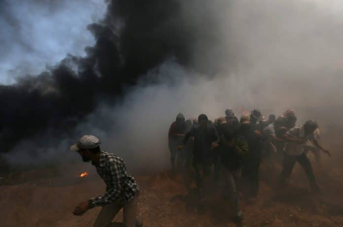 Des avions de combat israéliens bombardent la bande de Gaza