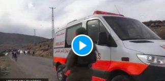 Des soldats israéliens tirent sur Palestinien puis tentent de le kidnapper dans l'ambulance - VIDEO