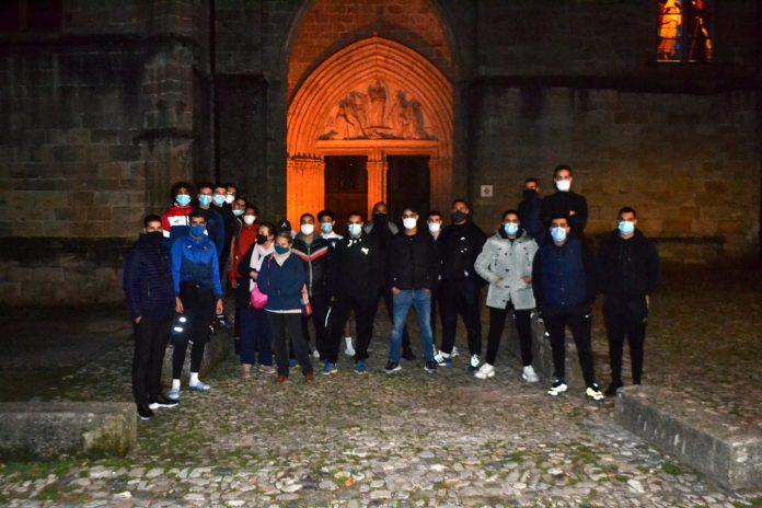Hérault - de jeunes musulmans protègent symboliquement une cathédrale