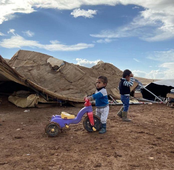 Palestine : Les forces israéliennes détruisent le hameau de onze familles avec 41 enfants