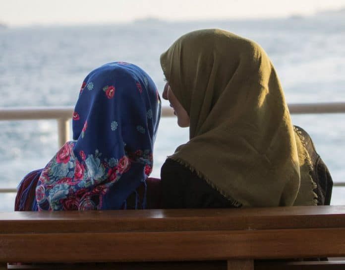 Covid-19 - une start-up israélienne développe des hijabs antibactériens