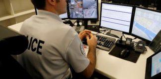 Des milliers de policiers s'échangent (encore) des messages racistes sur Facebook