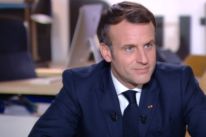 Emmanuel Macron souhaite honorer