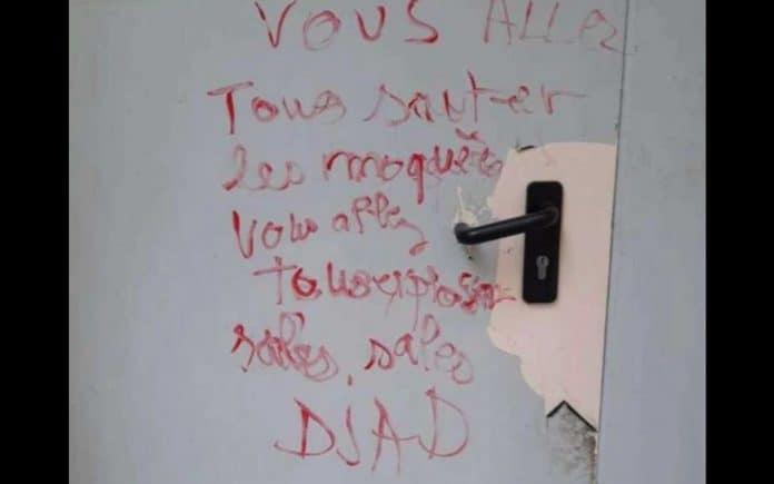 Gard - des tags islamophobes et des menaces tagués sur la mosquée El-Salam