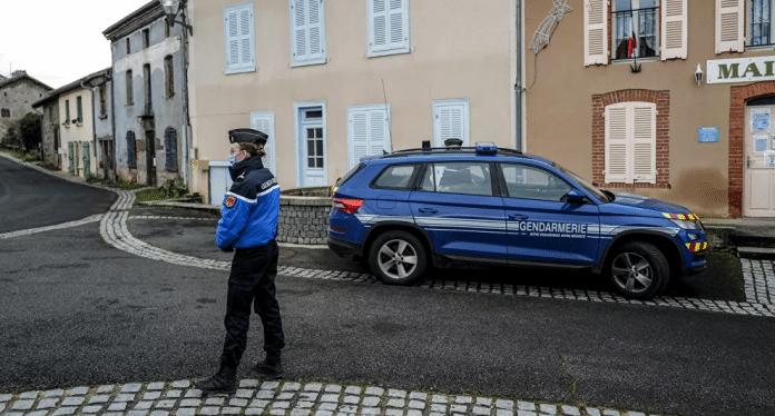«J'avais lancé des alertes mais rien n'a été fait»: dénonce l'ex-femme du forcené de Saint-Just
