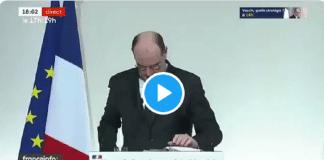 Jean Castex paniqué, cherche ses lunettes qui se trouvent en fait... sur son nez - VIDÉO