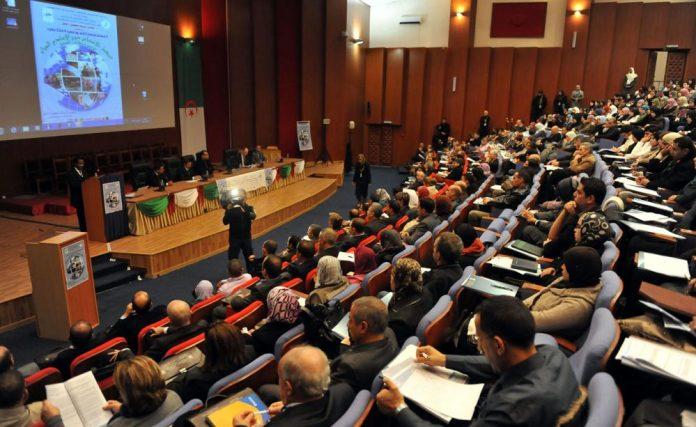 L'Algérie accepte de recevoir des étudiants palestiniens