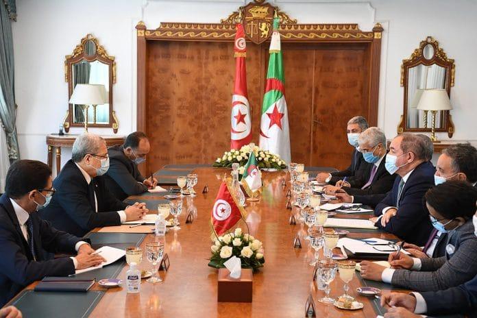 La Tunisie et l'Algérie tentent de calmer les tensions sur le Sahara occidental
