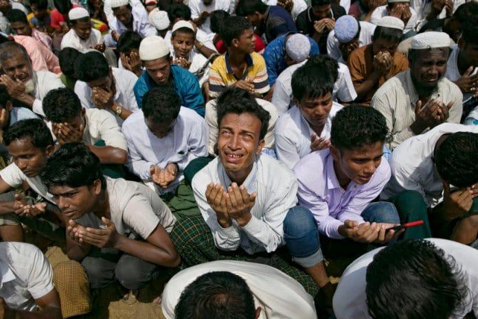 Le Bangladesh «s'apprête à déplacer» un nouveau groupe de Rohingyas sur une île isolée