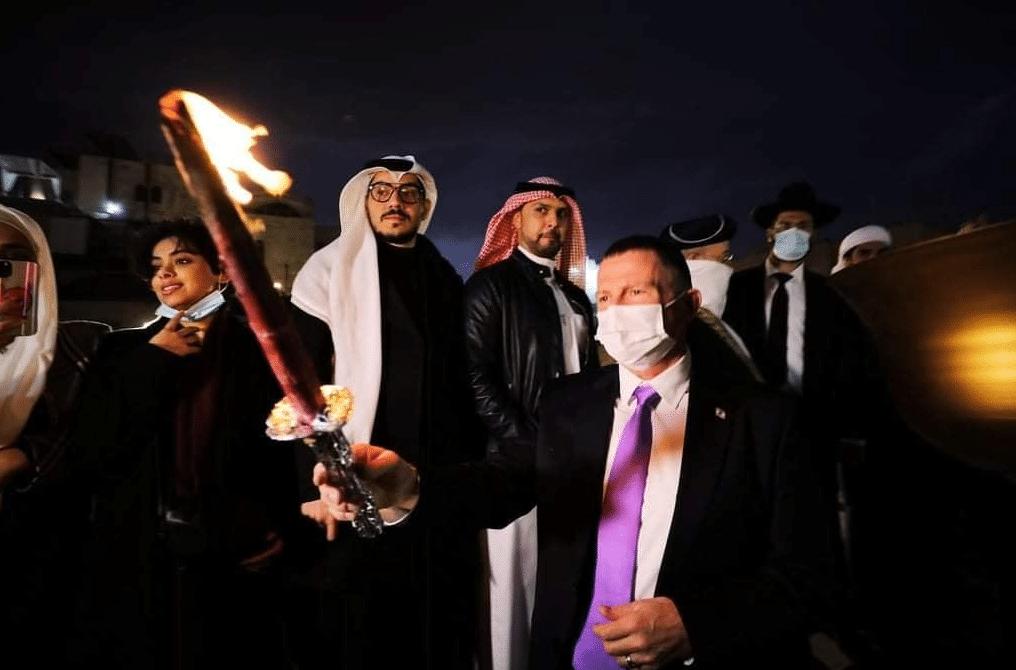 Les Émirats arabes unis et Bahreïn participent à la cérémonie de Hanoukka devant le Mur des Lamentations2