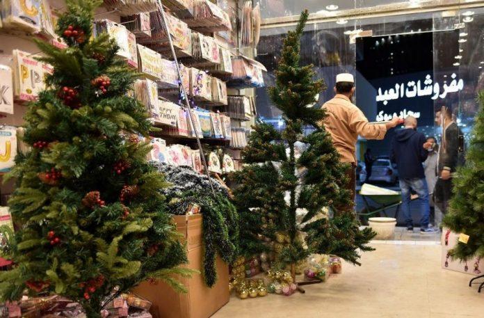Les décorations de Noël sont mises en vente en Arabie saoudite pour la première fois