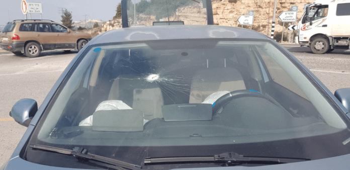 Les forces israéliennes ouvrent le feu sur des colons pensant être des Palestiniens
