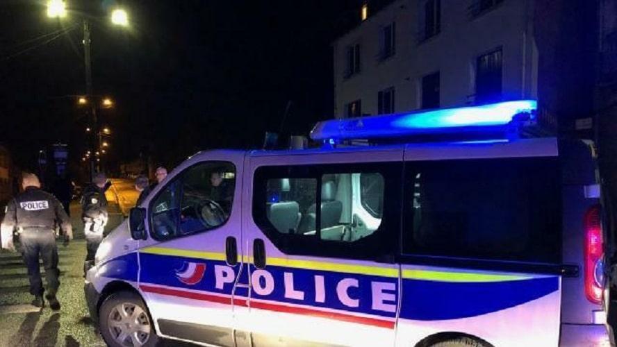 Une fillette et son frère poignardés par leur tante dans les Yvelines