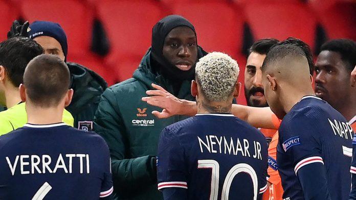 Ouïghours, BarakaCity, CCIF - le joueur Demba Ba s'engage dans la défense des musulmans