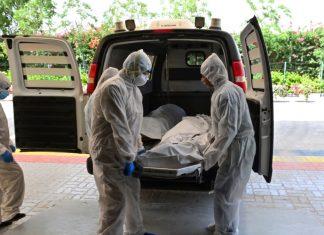 Un homme déclaré mort du Covid-19 et incinéré revient chez lui parfaitement guéri