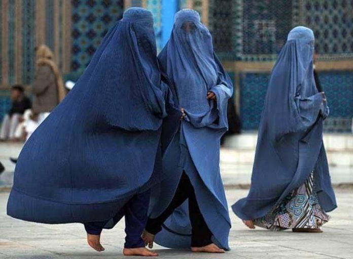 Les talibans demandent à leurs dirigeants d'épouser une seule femme à la fois