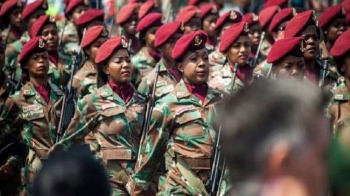 Afrique du Sud - l'armée autorise les femmes musulmanes à porter le hijab en uniforme