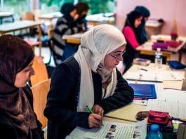 Belgique - les étudiantes autorisées à porter le voile dans les universités de Wallonie
