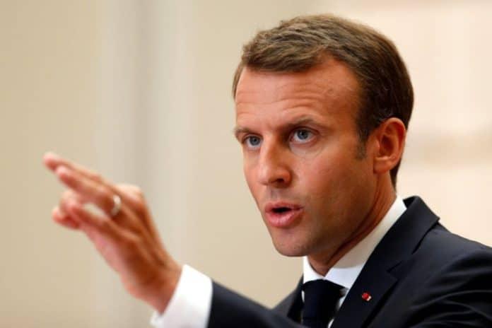 Charte des imams - Emmanuel Macron «confiant» invite les musulmans à «dépasser les divergences»