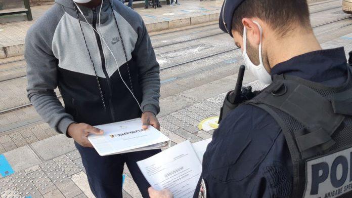 Confinement - l'attestation de déplacement n'était pas obligatoire, statue le Conseil d'Etat