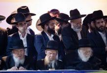Covid-19 : Un rabbin affirme que le vaccin rend homosexuel