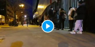 Covid-19 fragilisés par la crise, des centaines d' étudiants attendent la distribution alimentaire - VIDEO