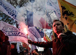 Darmanin «scandalisé» par le groupe d'extrême droite Génération Identitaire évoque sa dissolution