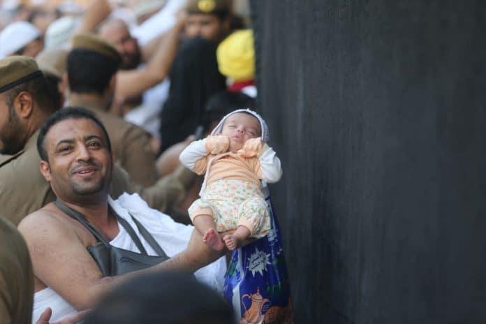 La Mecque - un bébé pakistanais né pendant la Omra retrouve ses parents après un an de séparation