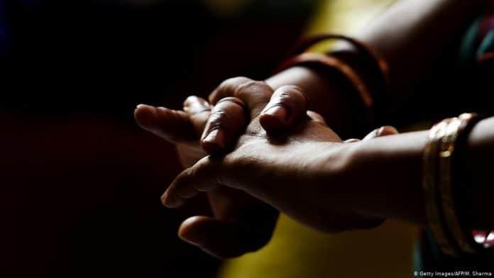 La famille d'une femme de ménage assassinée réclame la peine de mort contre les employeurs saoudiens2