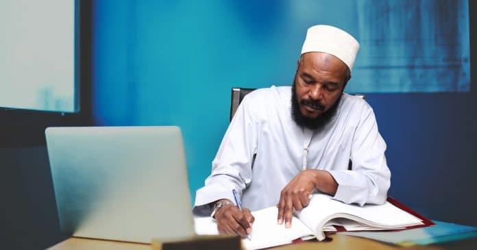 Le célèbre prédicateur Bilal Philips est dans un état de santé alarmant