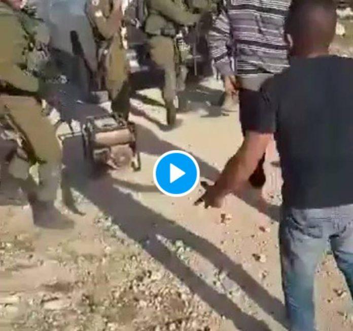 Les soldats israéliens tirent à bout portant sur un paysan palestinien qui tente de récupérer son générateur électrique - VIDEO
