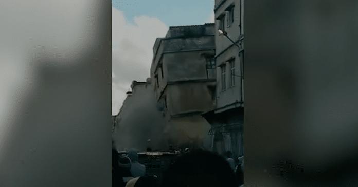 Maroc Deux maisons s'effondrent sur les habitants à Casablanca - VIDEO