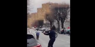 Pantin des policiers pointent leurs armes sur des individus qui participaient à un clip de rap - VIDEO