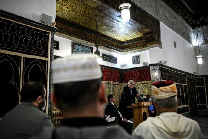 Un groupement de six fédérations musulmanes déplore les accusations de la Grande Mosquée de Paris contre le CFCM